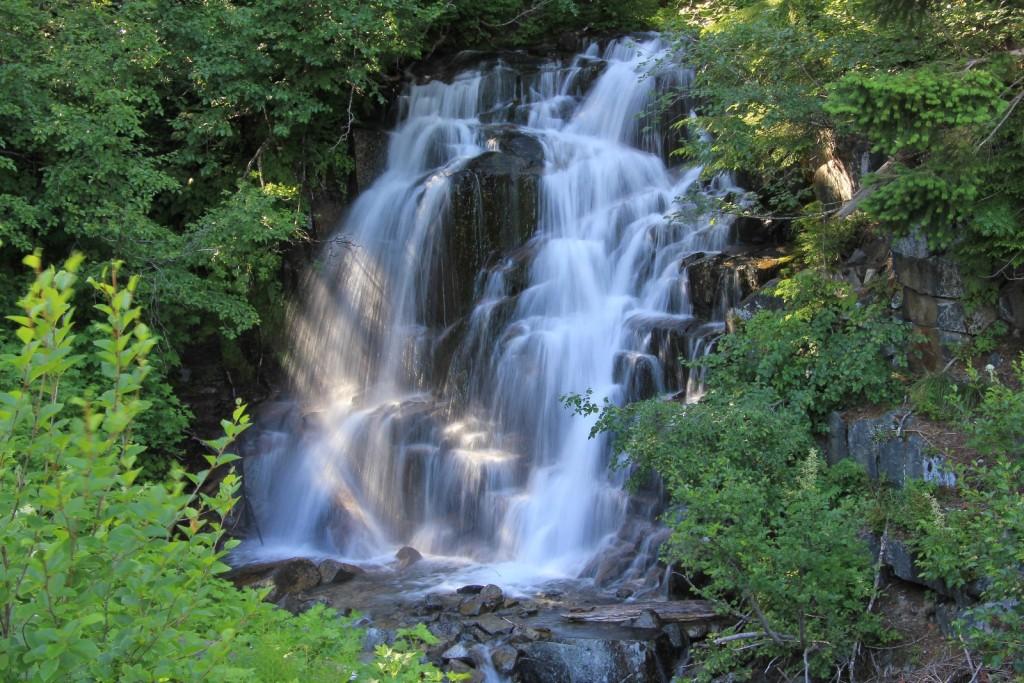 falls near Paradise