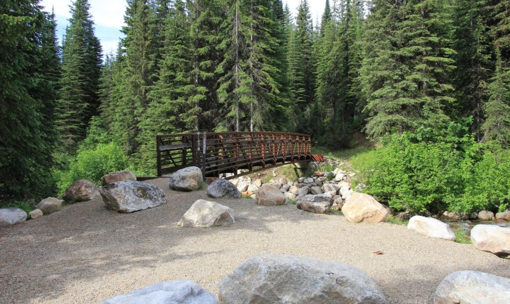 07-07-13 Beehike Lake Hike (2)