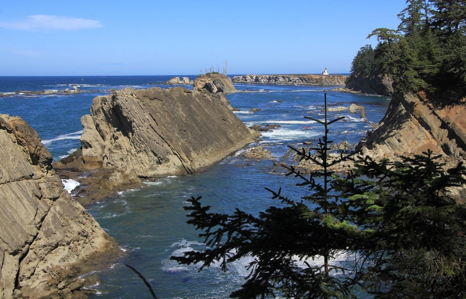 09-04-16-oregon-coast-shore-acres-137